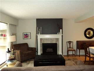 """Photo 2: 6866 BEECHCLIFFE Drive in Burnaby: Montecito Townhouse for sale in """"ELLERSLIE COURT"""" (Burnaby North)  : MLS®# V875225"""