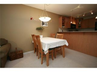 Photo 3: 102 3142 ST JOHNS Street in Port Moody: Port Moody Centre Condo for sale : MLS®# V930148
