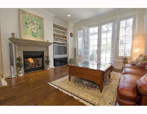 """Photo 5: Photos: 2562 WEST MALL BB in Vancouver: University VW Townhouse for sale in """"WESTCHESTER"""" (Vancouver West)  : MLS®# V734750"""