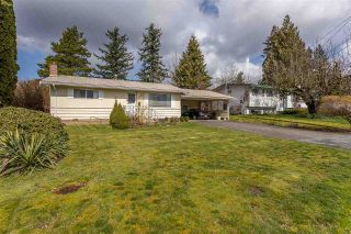 Photo 1: 33909 FERN Street in Abbotsford: Central Abbotsford House for sale : MLS®# R2557581
