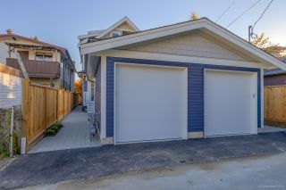 Photo 20: 945 E 14TH Avenue in Vancouver: Mount Pleasant VE 1/2 Duplex for sale (Vancouver East)  : MLS®# R2319982