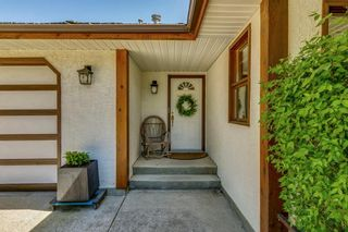 Photo 3: 25205 Bearspaw Place in Rural Rocky View County: Rural Rocky View MD Detached for sale : MLS®# A1121781