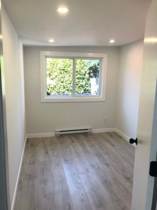 """Photo 4: 282 1840 160 Street in Surrey: King George Corridor Manufactured Home for sale in """"Breakaway Bays"""" (South Surrey White Rock)  : MLS®# R2602713"""