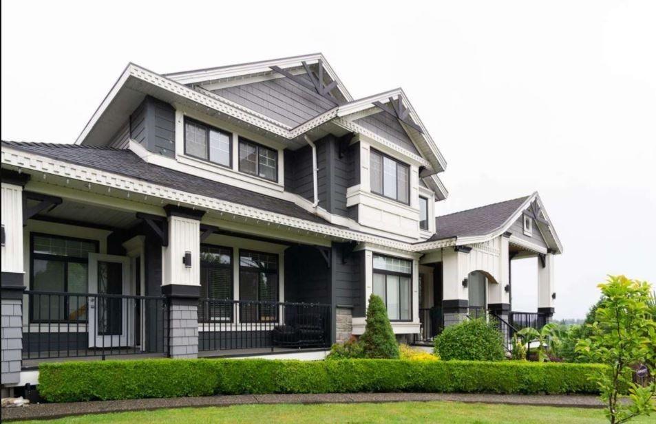 Main Photo: 7778 168 Street in Surrey: Fleetwood Tynehead House for sale : MLS®# R2570587