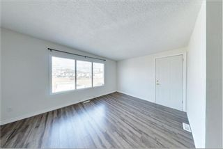 Photo 5: 7717 & 7719 41 Avenue NW in Calgary: Bowness 4 plex for sale : MLS®# A1084041