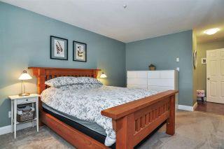 "Photo 14: 302 9018 208 Street in Langley: Walnut Grove Condo for sale in ""Cedar Ridge"" : MLS®# R2478634"