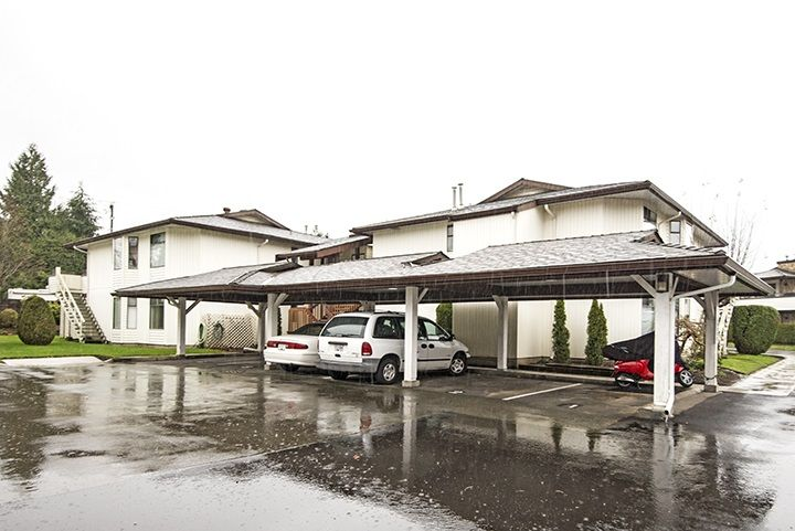"""Main Photo: 201 15153 98 Avenue in Surrey: Guildford Townhouse for sale in """"Glenwood Village"""" (North Surrey)  : MLS®# R2020396"""