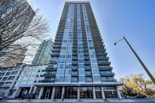 Photo 2: 1706 223 Webb Drive in Mississauga: City Centre Condo for sale : MLS®# W5185388