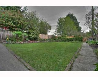 Photo 2: 396 39TH Ave in Vancouver East: Main Home for sale ()  : MLS®# V764906