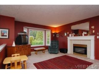 Photo 15: 735 Kelly Rd in VICTORIA: Co Hatley Park House for sale (Colwood)  : MLS®# 487988