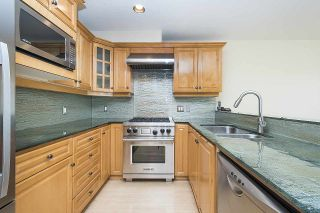 Photo 6: 275 E 5TH STREET in North Vancouver: Lower Lonsdale Townhouse for sale : MLS®# R2332474