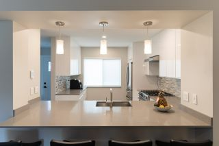 """Photo 5: 282A EVERGREEN Drive in Port Moody: College Park PM Townhouse for sale in """"Evergreen"""" : MLS®# R2570178"""