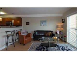 Photo 3: 306 356 E Gorge Rd in VICTORIA: Vi Burnside Condo for sale (Victoria)  : MLS®# 693005