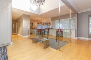 Photo 1: 903 Deal St in : OB South Oak Bay House for sale (Oak Bay)  : MLS®# 853895