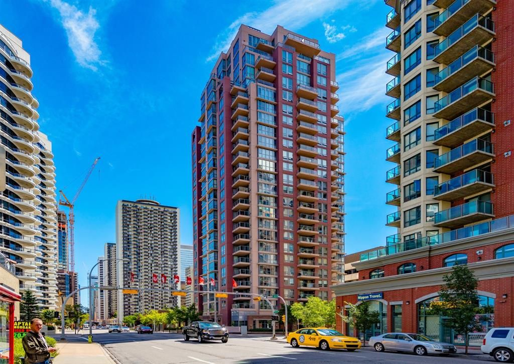 Main Photo: 1605 650 10 Street SW in Calgary: Downtown West End Apartment for sale : MLS®# A1108140