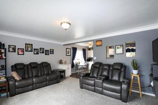 Photo 15: 199 Lumber Avenue in Steinbach: R16 Residential for sale : MLS®# 202024427
