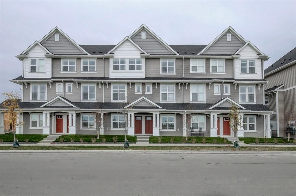Main Photo: 83 Copperstone Road SE in Calgary: Copperfield Row/Townhouse for sale : MLS®# A1042334