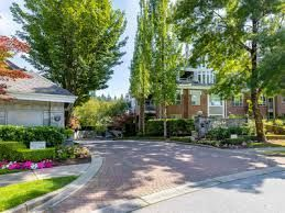 Main Photo: 304 5760 Hampton Place in Vancouver: Home for sale