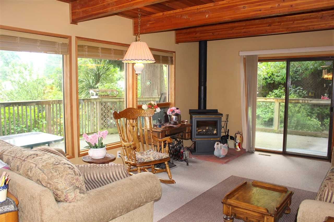 """Photo 7: Photos: 7628 EUREKA Place in Halfmoon Bay: Halfmn Bay Secret Cv Redroofs House for sale in """"WELCOME WOODS"""" (Sunshine Coast)  : MLS®# R2172913"""