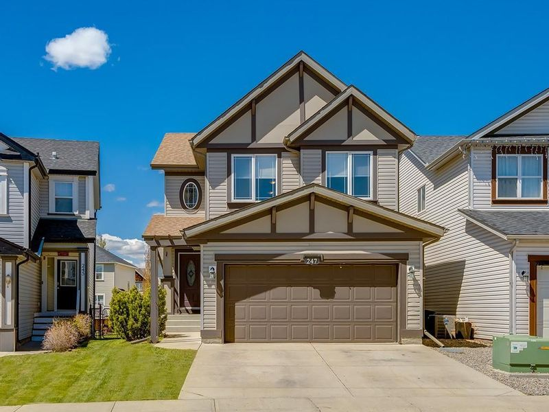 FEATURED LISTING: 247 COPPERFIELD Manor Southeast Calgary