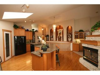 Photo 14: 315 GLENEAGLES View: Cochrane House for sale : MLS®# C4014401