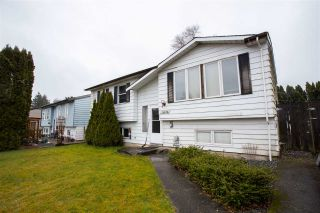 Photo 2: 26690 32A Avenue in Langley: Aldergrove Langley House for sale : MLS®# R2556285