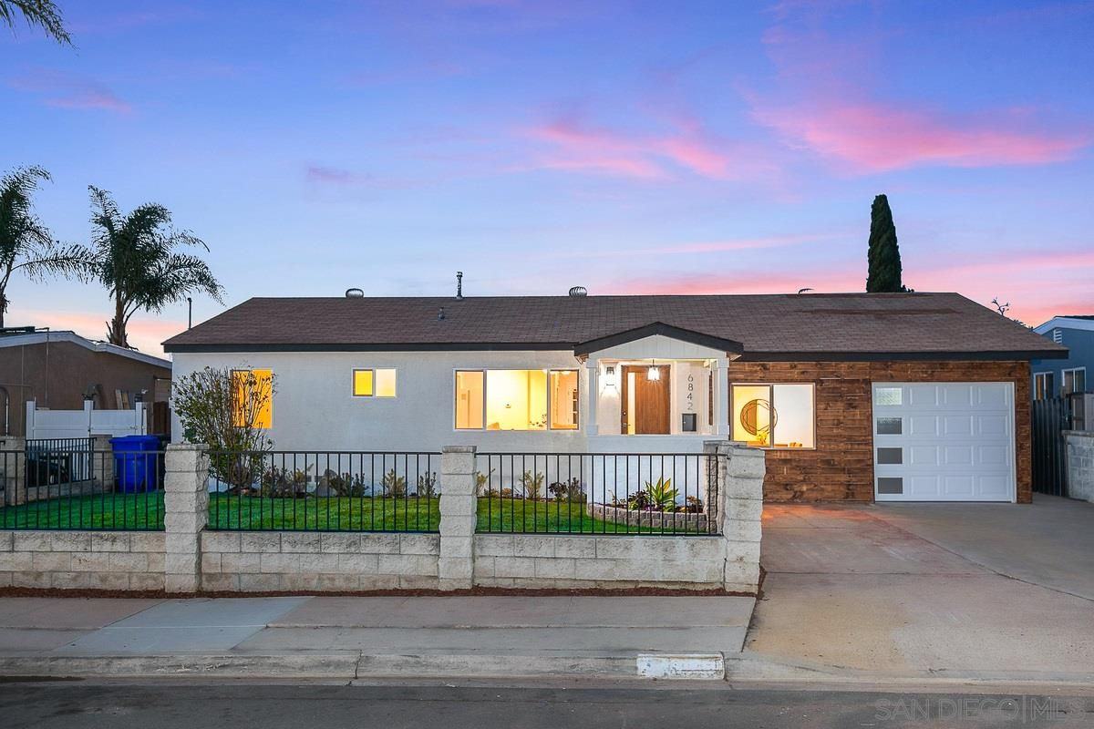 Main Photo: SAN DIEGO House for sale : 4 bedrooms : 6842 Harvala St