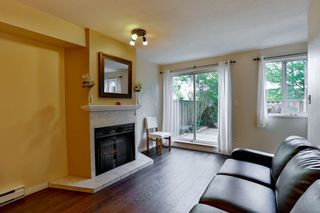 Photo 5: 2 7901 13TH Avenue in Burnaby: East Burnaby Townhouse for sale (Burnaby East)  : MLS®# R2092676