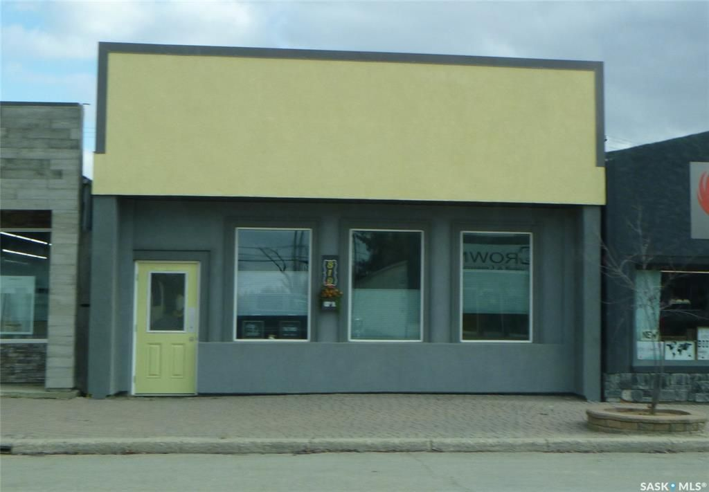 Main Photo: 810 100th Street in Tisdale: Commercial for sale : MLS®# SK831086