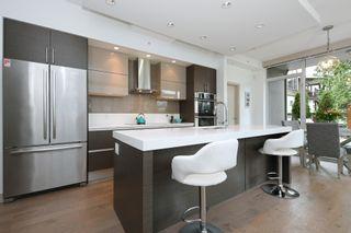 Photo 7: 105 200 Douglas St in VICTORIA: Vi James Bay Condo for sale (Victoria)  : MLS®# 832368