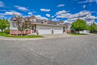 Photo 2: 59 Scotia Landing NW in Calgary: Scenic Acres Semi Detached for sale : MLS®# A1119656