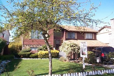 Main Photo: 5887 184 Street: House for sale (Other)  : MLS®# 2405888