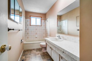Photo 14: 324 Foritana Road SE in Calgary: Forest Heights Detached for sale : MLS®# A1143360