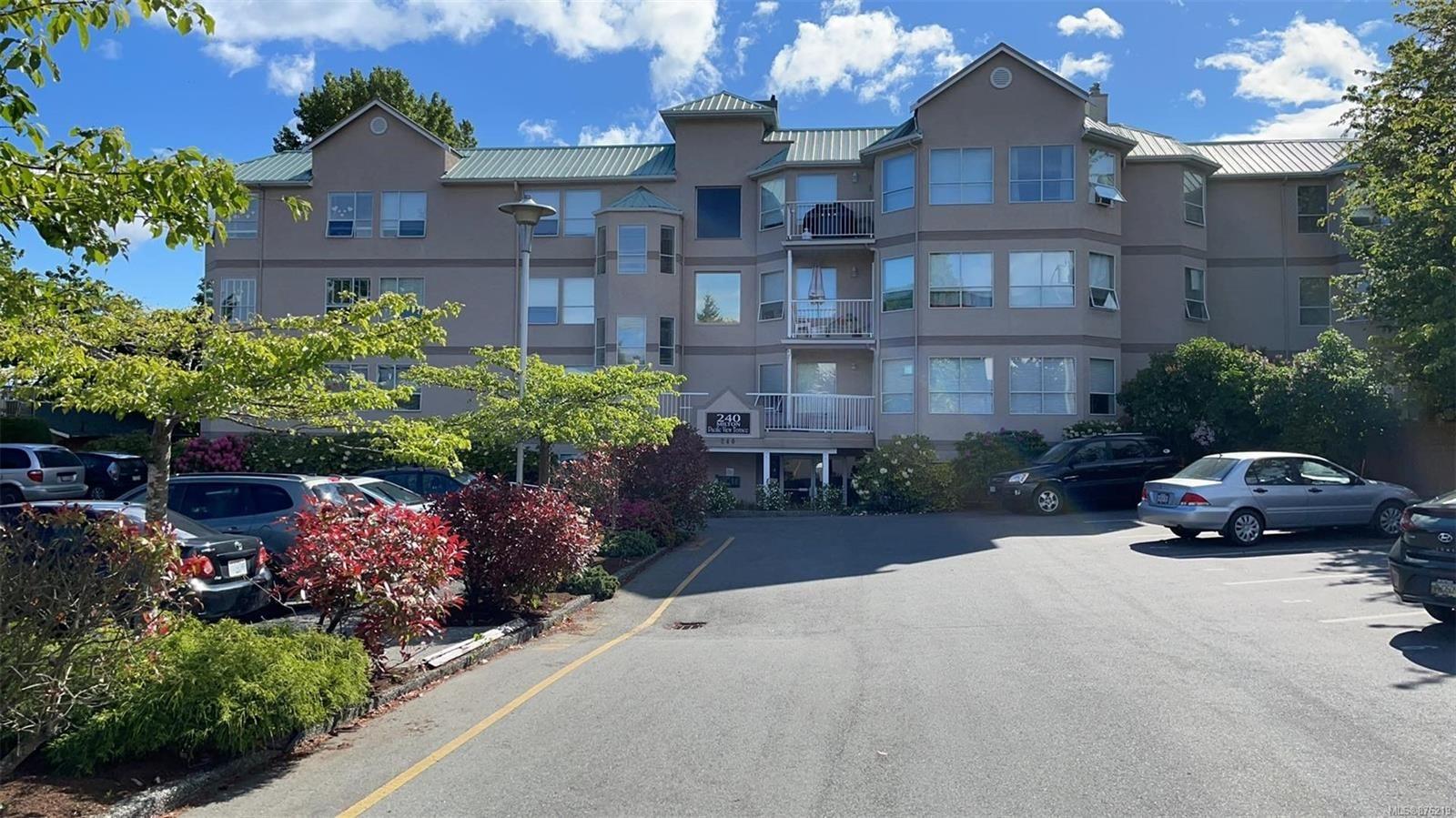 Main Photo: 204 240 Milton St in : Na Old City Condo for sale (Nanaimo)  : MLS®# 876219