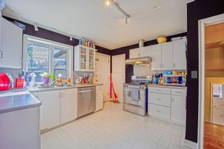 Photo 12: 2327 23 Street NW in Calgary: Banff Trail Detached for sale : MLS®# A1114808