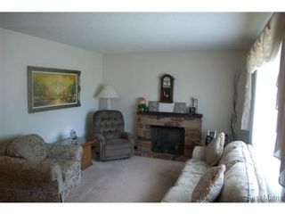 Photo 3: 2426 Wiggins Avenue South in Saskatoon: Saskatoon Area 02 (Other) Single Family Dwelling for sale (Saskatoon Area 02)  : MLS®# 438507