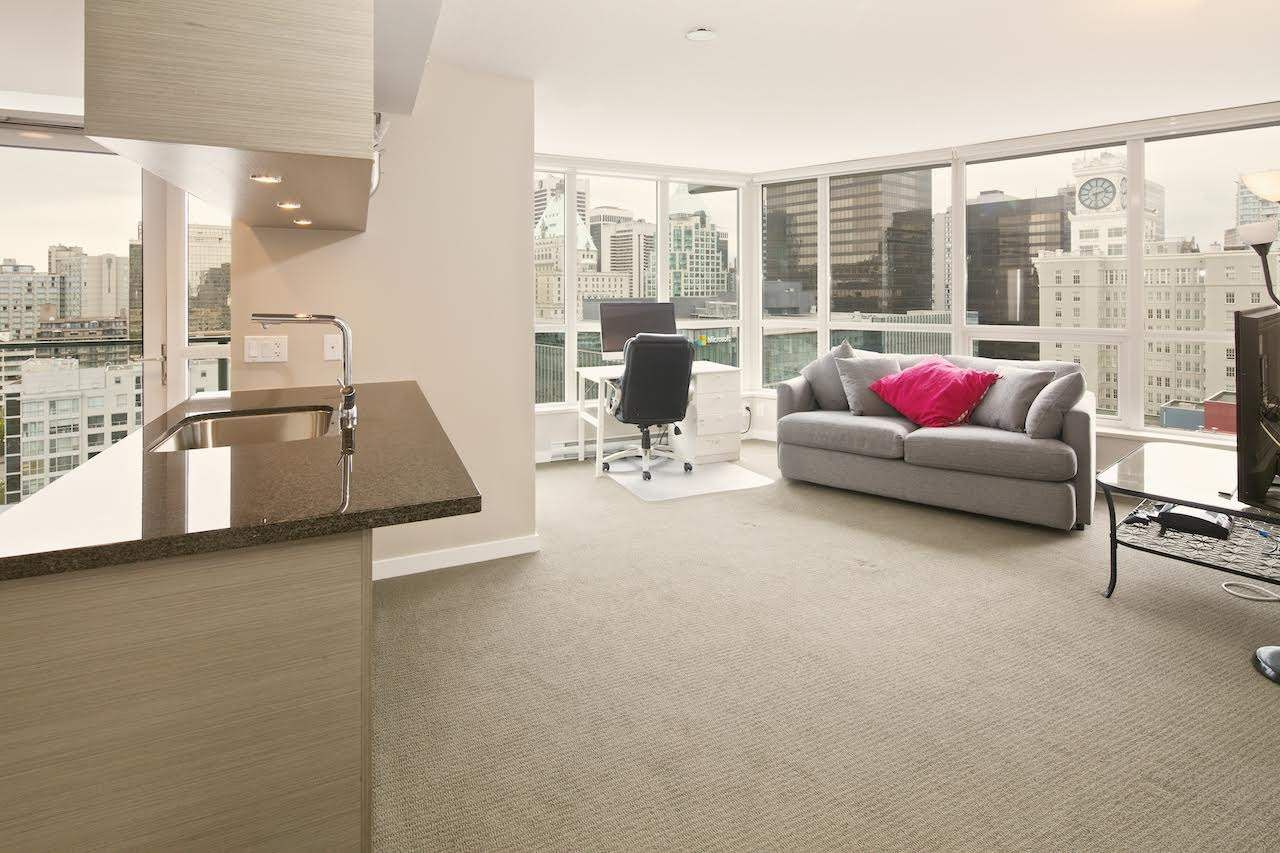 """Main Photo: 1611 833 SEYMOUR Street in Vancouver: Downtown VW Condo for sale in """"CAPITOL by WALL FINANCIAL"""" (Vancouver West)  : MLS®# R2070039"""