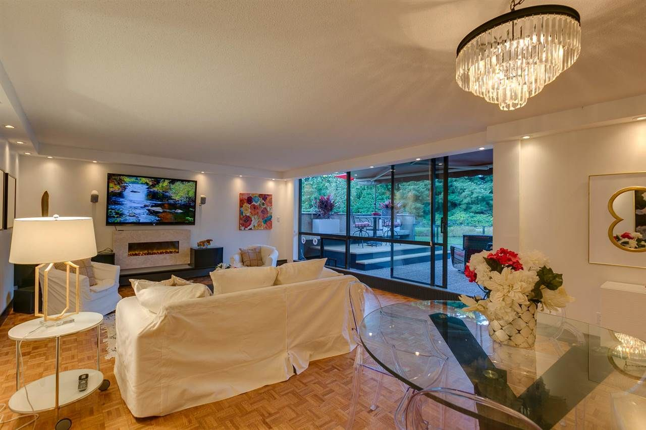 Photo 3: Photos: 108 4900 CARTIER STREET in Vancouver: Shaughnessy Condo for sale (Vancouver West)  : MLS®# R2111435