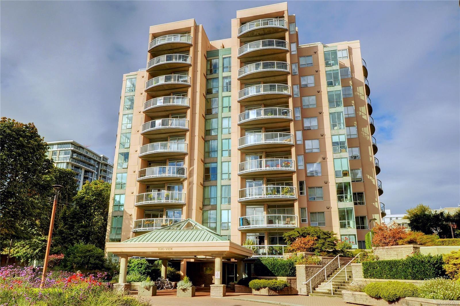 Main Photo: 408 1010 View St in Victoria: Vi Downtown Condo for sale : MLS®# 854702