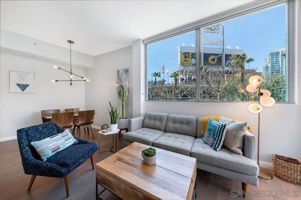 Main Photo: DOWNTOWN Condo for sale : 2 bedrooms : 253 10th Ave #221 in San Diego