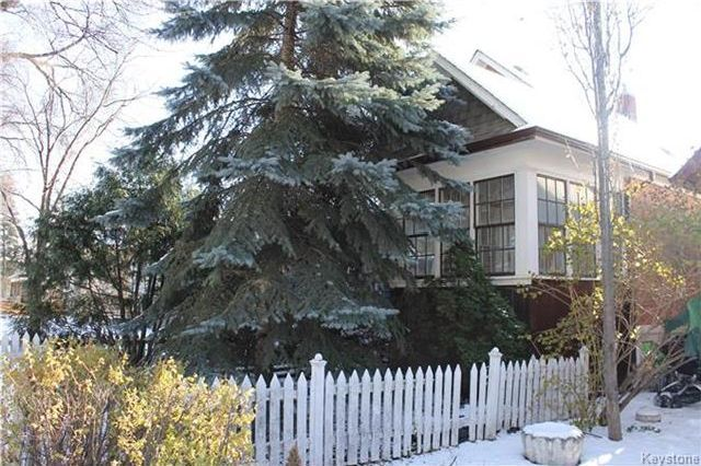Main Photo: 146 Lansdowne Avenue in Winnipeg: Scotia Heights Residential for sale (4D)  : MLS®# 1729049