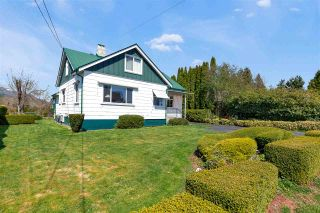 Photo 4: 46457 WOODLAND Avenue in Chilliwack: Chilliwack N Yale-Well House for sale : MLS®# R2559332