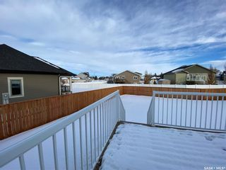 Photo 5: 302 Willow Place in Outlook: Residential for sale : MLS®# SK838188