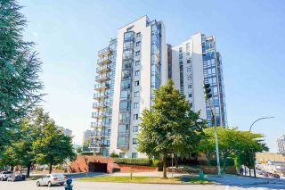 """Photo 33: PH4 98 TENTH Street in New Westminster: Downtown NW Condo for sale in """"Plaza Pointe"""" : MLS®# R2613830"""