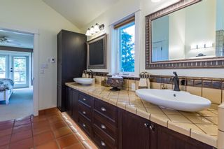 Photo 8: 2344 Grantham Pl in : CV Courtenay North House for sale (Comox Valley)  : MLS®# 852338