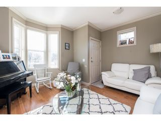 """Photo 6: 1 33321 GEORGE FERGUSON Way in Abbotsford: Central Abbotsford Townhouse for sale in """"Cedar Lane"""" : MLS®# R2438184"""