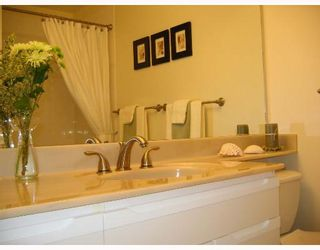 """Photo 7: 310 6860 RUMBLE Street in Burnaby: South Slope Condo for sale in """"GOVERNORS WALK"""" (Burnaby South)  : MLS®# V645334"""