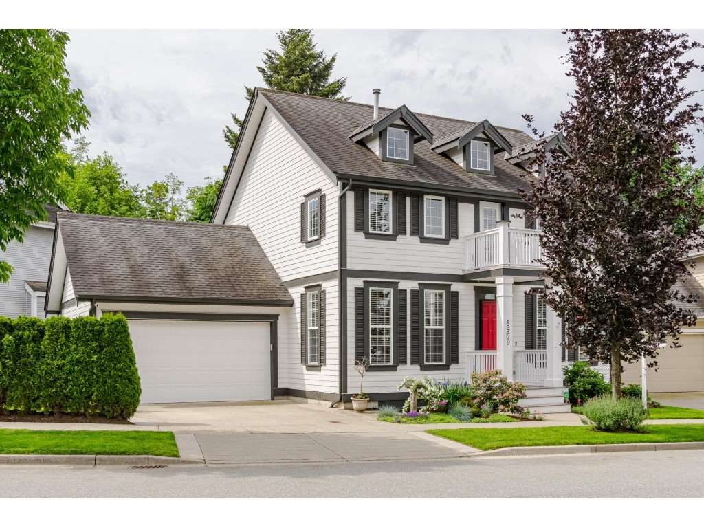 """Main Photo: 6969 179 Street in Surrey: Cloverdale BC House for sale in """"Provinceton"""" (Cloverdale)  : MLS®# R2460171"""