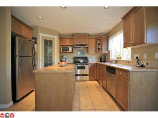 "Photo 6: 6589 207TH Street in Langley: Willoughby Heights House for sale in ""BERKSHIRE"" : MLS®# F1121575"