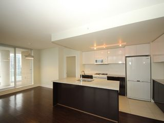 """Photo 3: 2908 4808 HAZEL Street in Burnaby: Forest Glen BS Condo for sale in """"Centrepoint"""" (Burnaby South)  : MLS®# R2329613"""